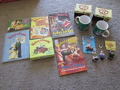 Wallace & Gromit Lot of 12 Aardman Nick Park Coffee Mugs Books Key Chains Magnet