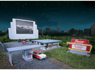 Walthers Cornerstone HO Scale Building/Structure Kit Skyview Drive-In Theater