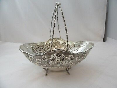 Friut Bowl With Floral Leaf Pattern With Handle Sterling Silver 925 Used on legs