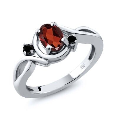 0.97 Ct Oval Red Garnet Black Diamond 925 Sterling Silver Ring