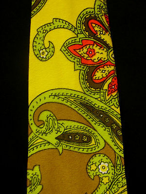 Vintage 1960's-1970's Silk Yellow Tie With Designs
