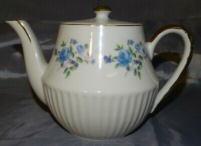 Unmarked Blue Roses & Purple Flowers w/ Ribs Teapot 6 Cup Gold Trim