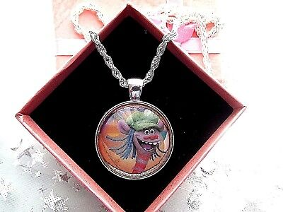 Trolls Cooper  Round Bubble Dome Silver Necklace 18 Inch 4 To 7  Gift Box Party