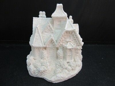 """RARE Lilliput Lane Factory Bisque figurine. PRE painting. """"Keepers Lodge"""""""