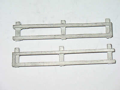 A Smith Auto Models 1/48 scale - One Pair of Barriers