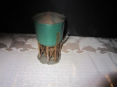 Vintage HO Scale Assembled Green Water Tank Tower Station