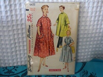 50s Simplicity robe sewing pattern 4471 14/32 bust
