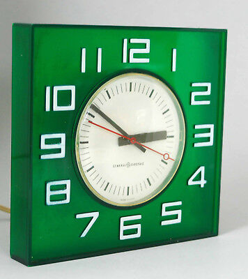 Mid Century Modern Ge General Electric Emerald Green Lucite 2173 Wall Clock Mcm