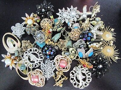 HUGE Lot of Vintage Clip Earrings Designer SIgned & MORE!