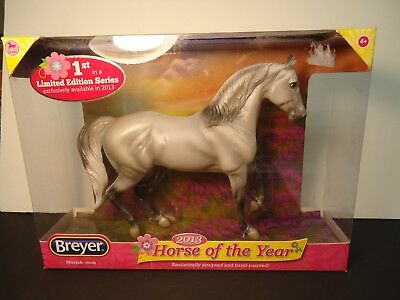 BREYER Mariah 2013 HORSE OF THE YEAR NIB #62113 Morab breed Classics Collection