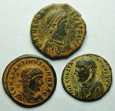 Interesting Selection Of Three Roman Bronze Coins (204H)