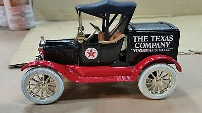 ERTL LIMITED EDITION  Coin Bank TEXACO 1918 FORD Runabout Bank.   L@@k