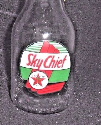 """TEXACO SKY CHIEF"" w STAR LOGO GLASS MOTOR OIL BOTTLE w METAL SPOUT 1 QT"