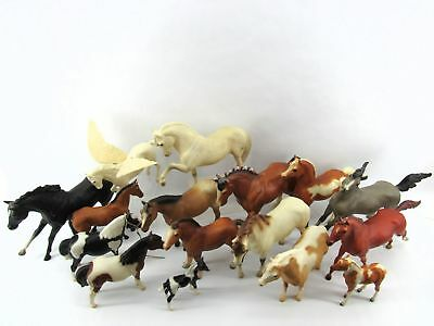 Lot of 15 Vintage Breyer Horses Incl. Pegagus & Phar Lap