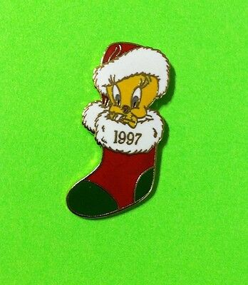 1997 Tweety Bird Enamel Christmas Lapel Pin TM & WB
