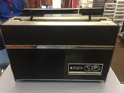 Vintage Zenith Trans-Oceanic Royal 7000 Radio for parts or project