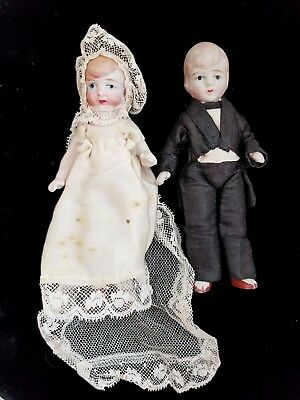 """Cute c.1930s Vintage Bisque Jointed Bride and Groom Wedding Dolls 5"""" tall"""