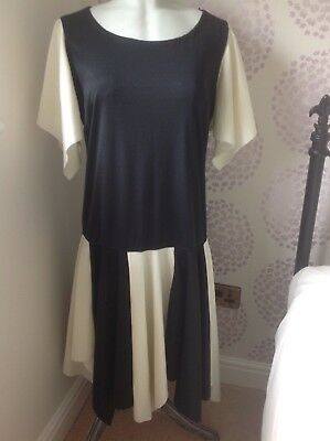 Size 18 ladies dress, flapper, stage, pantomime dame.