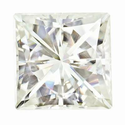 1 Taille Princesse Moissanite Blanc Brillant 7mm Diamètre 1.70 Carats