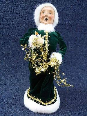 """Byers Choice Caroler 1999 Mrs Claus with Tinsel & Candle 13"""" Signed NEW  (B528)"""