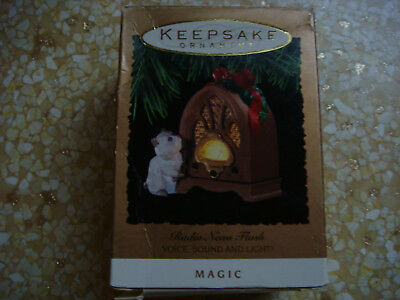 Hallmark Keepsake Magic Christmas Tree Ornament - Radio News Flash & Cat - 1993