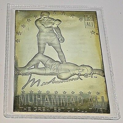Muhammad Ali Card Boxing Autographed has over 0.5 Gram Pure Solid Gold Sports US