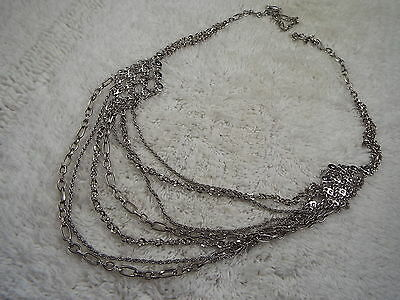 Silvertone Scoop Chain Necklace (A10)