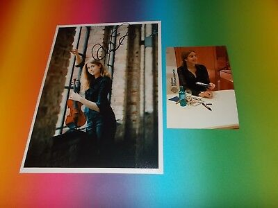Vilde Frang  violinist  signed autograph Autogramm 8x11 inch foto in person