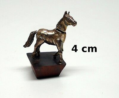 cheval miniature sur socle,collection, vitrine, paard, horse tp8-16
