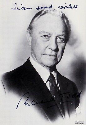 RICHARD TODD, STAGE & FILM ACTOR **SIGNED PHOTOGRAPH (1990s)