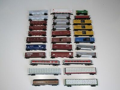 Job Lot 30 x US N Gauge Rolling Stock Various Manufacturers