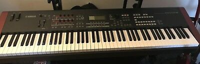Used Yamaha MOXF8 88 keys, Workstation, Keyboard Synthesizer, Great Condition,