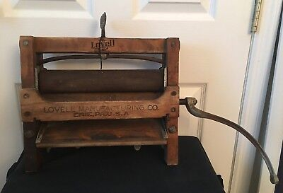 Vintage Lovell Manufacturing Co Erie PA USA Clothes Wringer