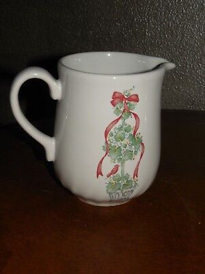 Corelle ~ Callaway Holiday ~ Ivy Christmas ~ Creamer ~ Discontinued