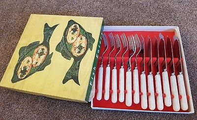 Fisher Eaters Vintage boxed cutlery lovely condition