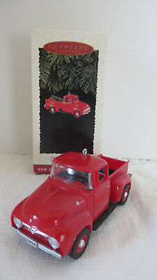 Christmas Hallmark Keepsake 1956 Ford Truck 1995 Ornament