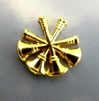 Deputy Fire Chief Collar Pin Device Set of 2 Tacs 4 Crossed Bugles Gold Plated