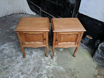 Pair Of Beautiful Oak French Louis XV Style Bedside Cabinets