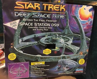 Star Trek Deep Space Nine Space Station DS9 Command Base 6251 W Box 10% Off