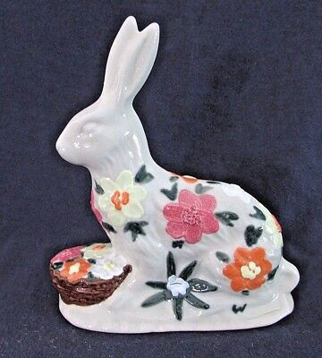 SALMON FALLS STONEWARE POTTERY Easter Bunny & Flowers Figurine, Floral Design