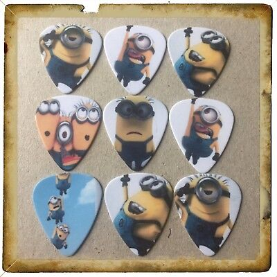 Lot Of 9 Double Sided ❤️ MINIONS ❤️  Guitar Picks Brand New #4