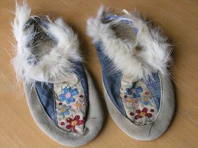 Antique American Quilled Embroidered Moccasins Sami People Laplander Arctic