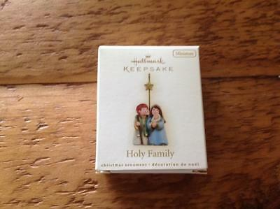 Hallmark Keepsake Ornament 2009 Holy Family Miniature Minn