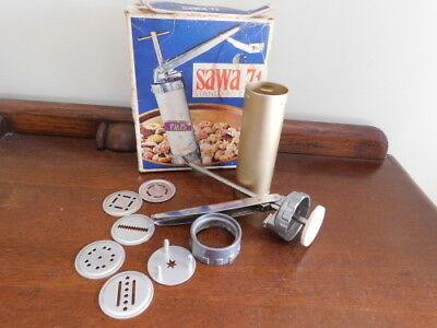 'Sawa' Biscuit Forcer