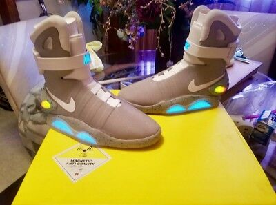 f4a7251326c2 NIKE AIR MAG MARTY McFLY BACK TO THE FUTURE JESTREAM GREY BLUE