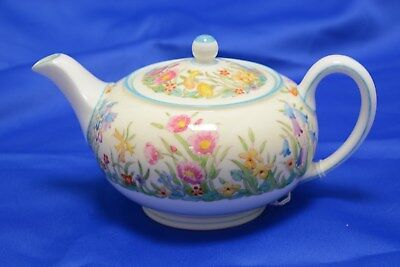 Wedgwood 'Prairie Flowers' small size tea set, one saucer missing (HEB143)