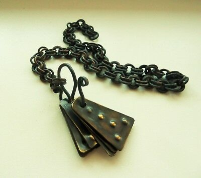 Ancient bronze noizy pendants with chain
