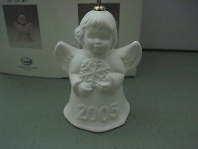 2005 Goebel ANGEL BELL ORNAMENT White Bisque With Snowflake in Box