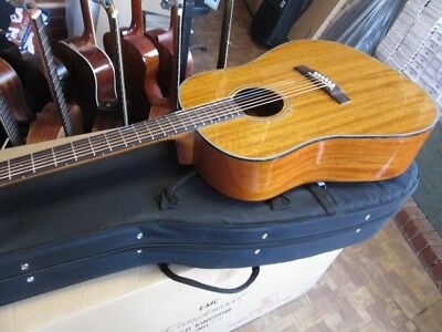 Very High Quality Great Sound Acoustic Guitar & Case,solid Mahogany Top Rrp £580