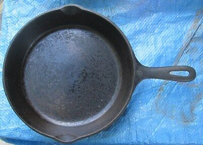Vintage Wagner Ware #8 10 1/2 inch Cast Iron skillet X MADE IN USA